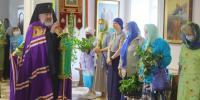 В праздник Святой Троицы (Пятидесятницы) архиепископ Лукиан совершил Божественную литургию и вечерню в Благовещенском кафедральном соборе